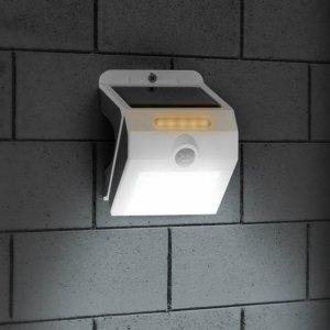 Buitenlamp met Licht- en Bewegingssensor op Solar Energy